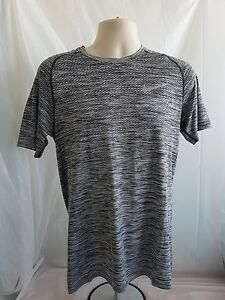Nike Running Dry Fit T-SHIRT Size L Grey