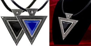 Black Blue Triangle Clear CZ GemPendant Choker Faux Leather Necklace UK Seller