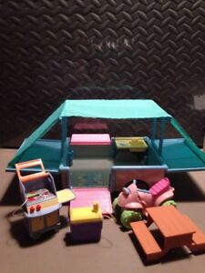 Fisher Price Loving Family Dollhouse Pop-Up Camper Camping Trailer Extras