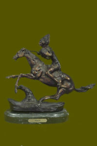 Sculpture Warrior BY FREDERIC REMINGTON Bronze Marble Base Statue Figurine Deco