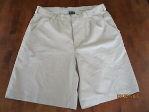 EUC UNDER ARMOUR Performance Men's Size SZ 34 UA GOLF Shorts
