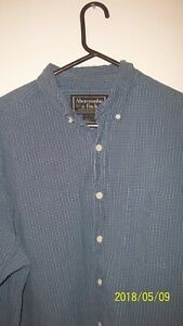 Abercrombie fitch mens L shirt long sleeve button down collar 30 in L 27 in acro