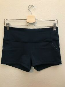 LULULEMON Women's Navy Blue RunningGym Shorts Size 8 w Pockets NWOT 2