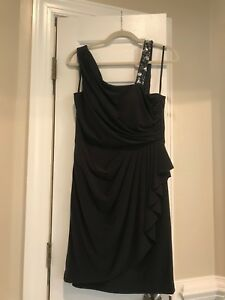WOMEN'S XSCAPE SHORT COCKTAIL DRESS SIZE 12