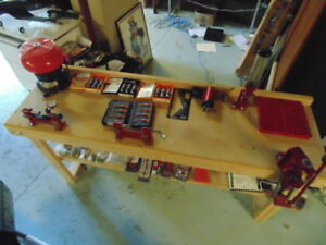 HORNADAY LOCK N LOAD COMPLETE RELOADING BENCH KIT