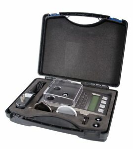 Precision Scale with LCD Display and Case for Reloading 2 Calibration Weights