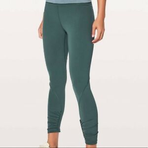 NWT 6 Lululemon Play Off The Pleats GREEN