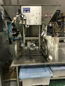 HINDS BOCK-MUFFIN AND CUPCAKE DEPOSITOR MODEL 3P-08