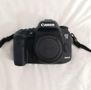 Canon EOS7D mark2 old stock! ! It is a beautiful state! from japan