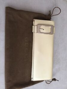 GUCCI Beige Patent Leather Buckle Long Clutch Bag