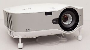 NEC NP-2000 LCD Projector - 4000 Lumens - 42% lamp life remaining