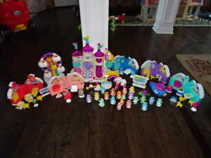 HUGE CARE BEARS LOT CASTLE CARE A LOT HOUSES VEHICLES FERRIS WHEEL FIGURES