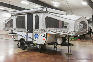 New 2018 Palomino Real Lite RLT10SE Fold Down Pop Up Camping Trailer Never Used