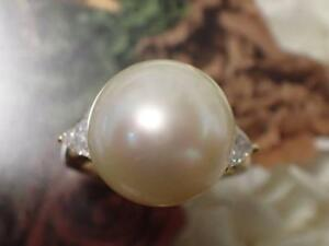 Mikimoto white butterfly pearl 13.9mm pearl diamond ring 0.67 K18