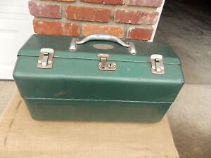 OLD METAL FISHING TACKLE BOX LOADED WITH OVER 100 USED LURES