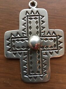 Large Sterling Silver Cross Pendant Marked 925 Mexico 17.6 gr  2 18