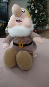 Disney SNEEZY Plush Snow White Dwarf Stuffed Animal 13