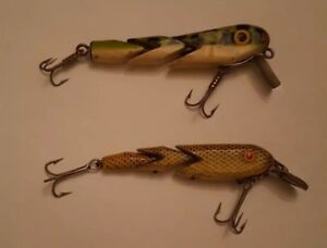Lot of 2 Vintage GEN-SHAW Wood Rare Lures EARLY TOUGH COLOR PATTERN collectible
