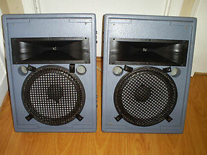 VINTAGE PEAVEY HV 1280 FULL RANGE TWO WAY ENCLOSURE DESIGN SPEAKER