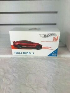 NEW - Hot Wheels Tesla Model S id Series1 Uniquely Identifiable Vehicles2019