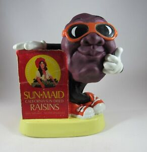 1987 SUNMAID CALIFORNIA RAISINS BANK FROM DANCING CLAYMATION GRAPEVINE WITH PLUG $6.00
