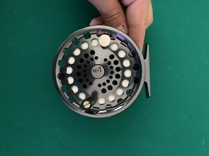 Lamson Fly Fishing Velocity Smoke V3.5 3.5 Reel Renowned Salmon and Saltwater