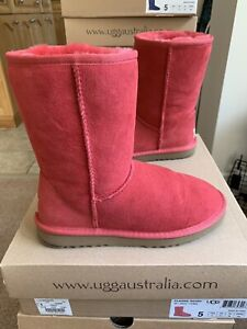 Ugg Classic Short Tomato Red Boots Size 5