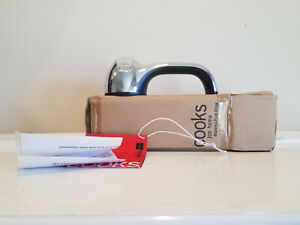 Cook's Pull Through Knife Sharpener * NEW Open Box * For Straight and Serrated
