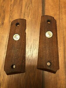 Vintage Colt 1911 Factory Wood Grips Gold Medallion GREAT CONDITION