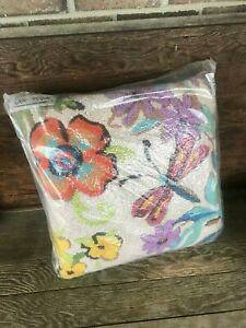 ONE Madison#x27;s DragonFly HOOKED PILLOW 18quot; X 18quot; NEW Gorgeous $19.99