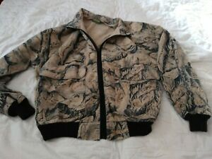 Mens Large lightweight zip up camouflage camo jacket coat Cabelas hunting nice