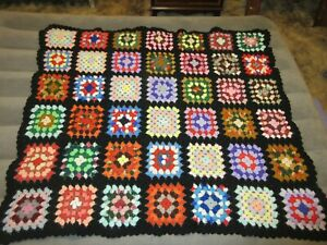 Vintage Crocheted GRANNY SQUARE Blanket/Afghan/Quilt HANDMADE STYLE 49x44