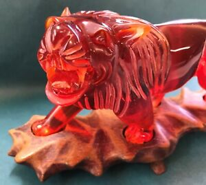 Chinese Red Amber Resin Carved Figurine Lions Animals Asian Carvings Statues