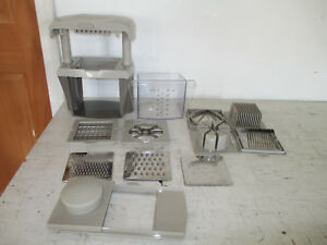 6 Cup Slicer Cutter Chopper Kitchen Non Electric Great Condition 13 PC