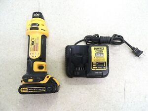 DeWalt DCS551 20v Cordless Cut-Out Tool with Battery and Charger