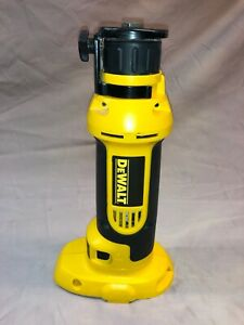 DeWalt DC550 Cordless Cut-Out Tool - MINT CONDITION - Rarely Used