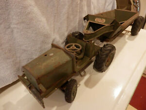 Vintage Doepke 1950's Euclid Military Pioneer Earth Mover Toy.