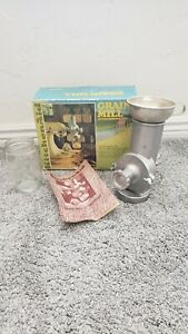 *NEW*Rare Vintage Hobart KitchenAid GM Metal Grain Mill Attachment/Original Box