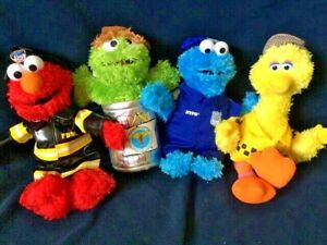Lot of 4 Gund Sesame Street NYC Workers Push Set Rare and Retired. Free Shipping $39.99