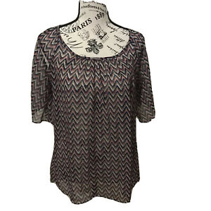 Ya Los Angeles size small design off the shoulder top