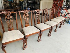 Beautiful Set of 6 Ethan Allen Chippendale Carved Mahogany Dining Table Chairs