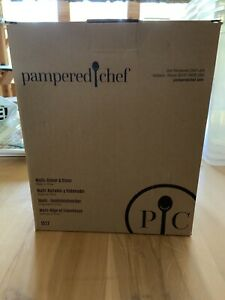 NIB Pampered Chef Multi Grater & Slicer W 4 Blades -Retired #1527