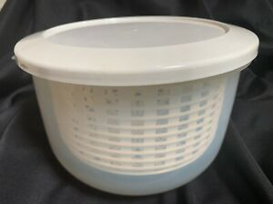Vintage Superseal Microwave Vegetable Steamer & Pasta Cooker Set. New