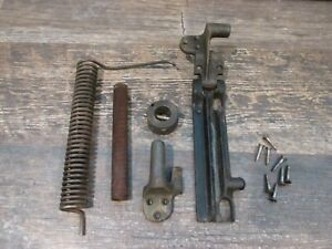 Vintage 1900 SINGER Treadle Sewing Machine Cabinet Lift Spring Assembly #27 $29.95