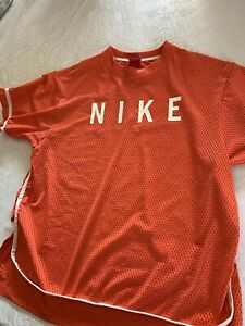 Women's Large Coral Color Nike Mesh SS Shirt $17.00