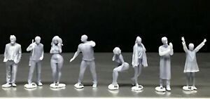 1:64 Scale Miniature People Resin unpainted great for Dioramas #28 Figures