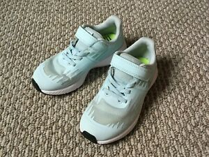 Nike Girls Size 11.5 Sneakers Light Blue $16.00