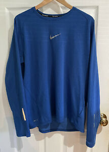 Nike Running Blue Dri Fit Long Sleeve Men's Size XL With Reflective Patch $15.00