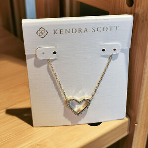 Authentic Kendra Scott SOPHEE Gold Small Heart Pendant Necklace $28.00