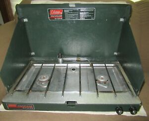 VINTAGE 1989 COLEMAN 2 BURNER PROPANE CAMPING CAMP STOVE 5430A700 VERY NICE